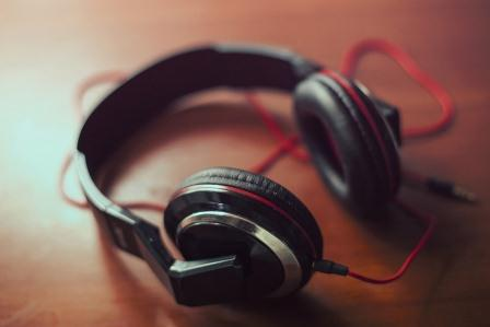 Top 12 Best Free Online Music Streaming Sites
