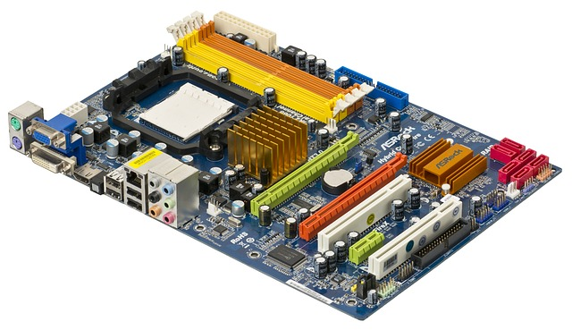 MotherBoard: Types & Components